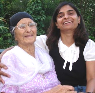 raveena-and-grandmother